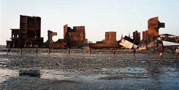 Edward Burtynsky: l'arte della distruzione